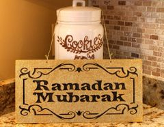 Ramadan Mubarak Hanging Sign