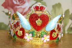 4061 Baroque Runway Heart Wings Hand Painted Crown Headband