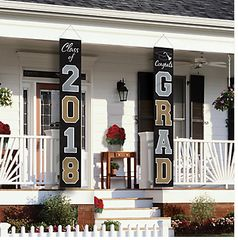 """2018"" Graduation Flags Home Decor - Black, Silver, Gold"