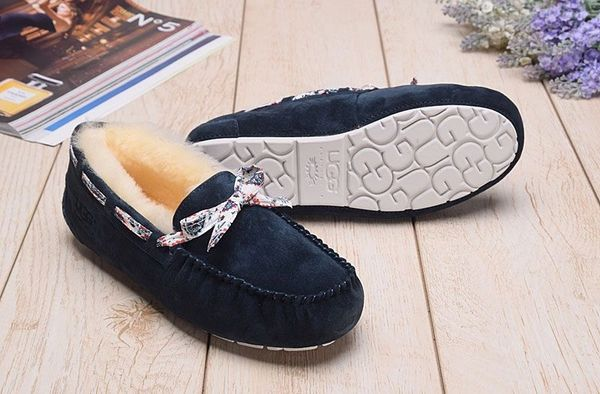 Ladies UGG Pure Black Custom Dakota Moccasins (USA LADIES SIZE 5 - 8 ONLY)