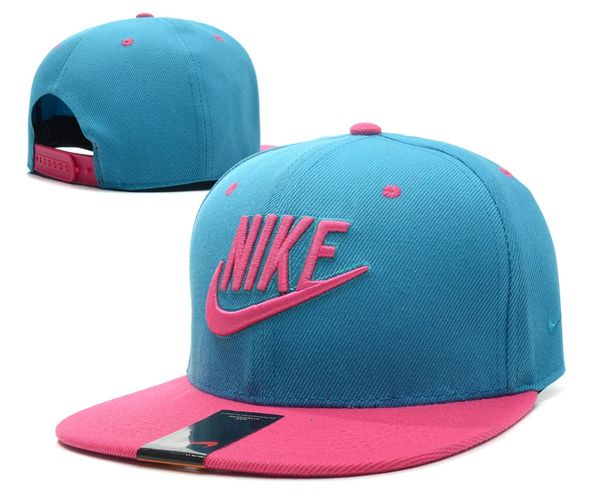 The Nike Futura True 2 Snapback (B)