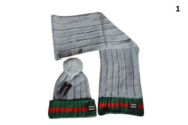 NEW Winter Original Gucci Knit Wool Scarf & Hat Set (With Pom)