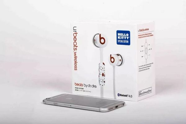 Beats Hello Kitty urBeats Earphones (Special Edition)