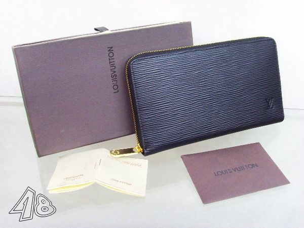 Ladies Louis Vuitton Epi Zippy Wallet