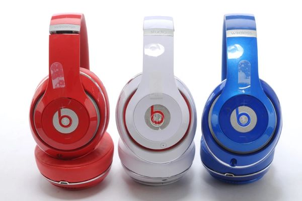 Beats Studio 2.0 Wired Over-Ear Headphones (Red/White/Blue)