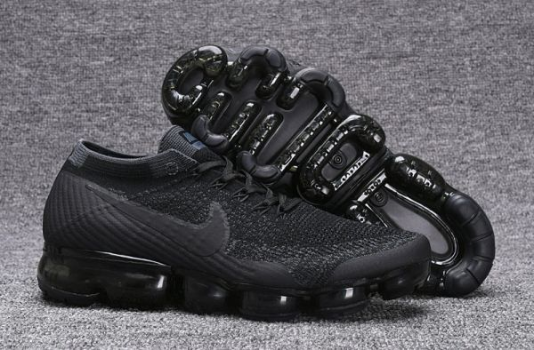 233ad94e9b172 2018 Double Black Nike Air Vapor Max Flyknit 2