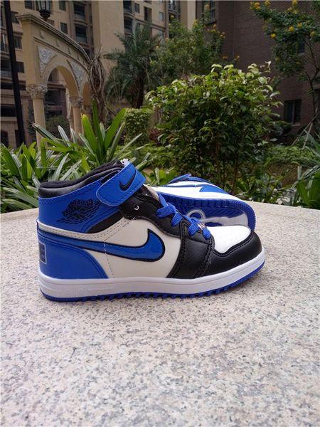 """Air Jordan 1 Retro High Og Bg (Gs) Black/Varsity Royal/White Little Kids' Shoe """"2017 Release"""""""