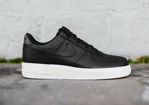 Men's Nike Air Force 1 '07 LV8 Black White Sneakers