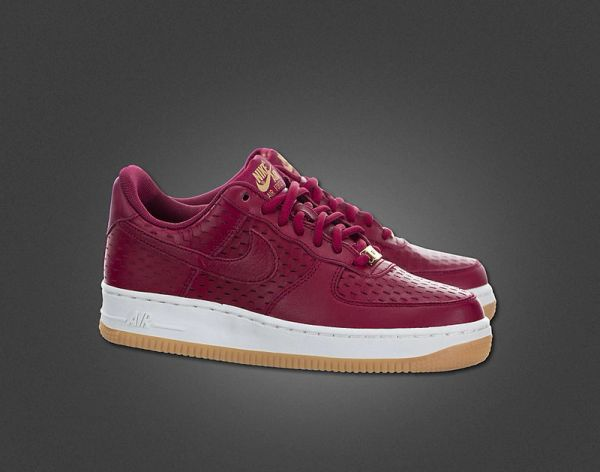 Nike Air Force 1 07 Premium Retro Maroon Sneakers