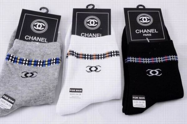 Chanel Luxury Striped CC Logo Casual Socks 1399582