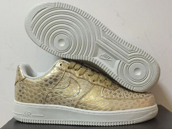 Men's Nike Air Force 1 07 Low Metallic Gold & Summit White Sneakers