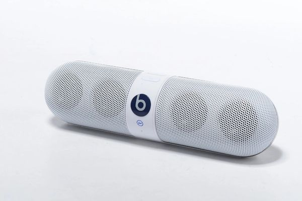 Beats by Dre Pill 2.0 White Speaker
