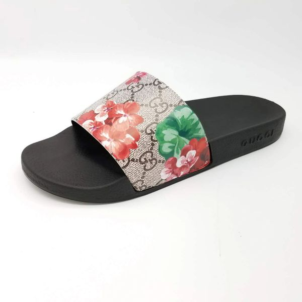 d583861b67f3 NEW Gucci GG Blooms Ebony Multi Supreme Slide Sandal