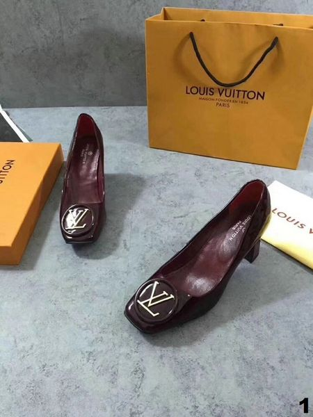 New Ladies Original Louis Vuitton Luxury Casual Shoes Catalog 2 (3 Colors Available)