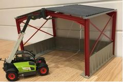 5m High Silage Shed with Concrete Siding 1:32 Scale FM50906 by Minimaker