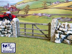 C08EF Traditional Gate and Post Set by JG Miniatures