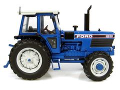 Ford 8830 Powershift Tractor 1:32 Scale by Universal Hobbies UH4030