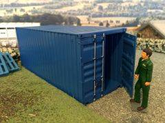 6516 Italeri 20ft Shipping Container Kit 1:32\1:35 scale
