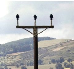 FB064 Electricity Poles 1:32/1:35 Scale by HLT Miniatures (QUANTITY DISCOUNT AVAILABLE!)