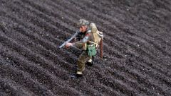 S46G Magic Soil Realistic 'Loose' Earth for Plough by JG Miniatures