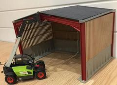 5m High Silage Shed with Boards and Concrete Siding 1:32 Scale FMB50906 by Minimaker