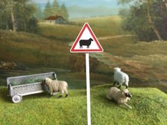 FBS04 Road Sign Post Sheep Warning 1:32 Scale by Minia-Cn