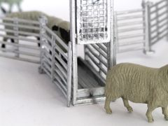 WM059G Sheep Guillotine Gate 1:32 Scale by HLT Miniatures
