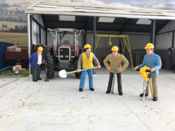 Preiser Road Construction Workers Figures 4 1 32 Scale