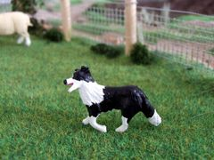 WMA15 Border Collie Dog Walking Bailey by HLT Miniatures