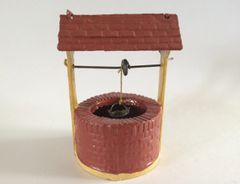 F G Taylor Vintage Lead Well Circa 1940 1:32 Scale