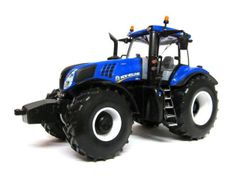 New Holland T8.435 1:32 scale Britains 43007