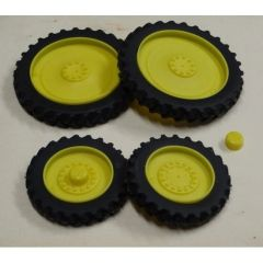 Set of 4 Yellow Row Crop Wheels 1:32 Scale by Artisan 32 37012/J + B