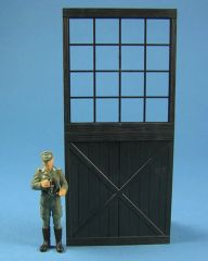 Large Shed/Barn Door Set with Glass (left and right door) 1:32/1:35 Scale FB521