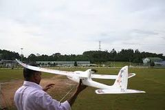 Beginner RC plane ready to fly with battery & charger