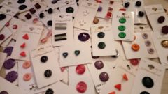 Vintage Carded buttons (2)