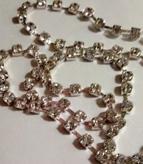 Cup Rhinestone Chain (1 foot)