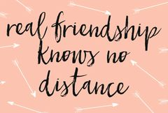 Gift Postcard 'real friendship knows no distance'