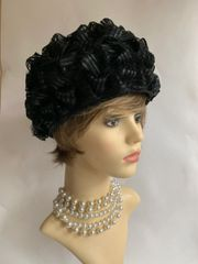 """Vintage 1960s Black Turban Style Pleated Looped Stiff Polyester Hat 21"""" Fully Lined"""