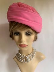 "Vintage 1960s Pink Turban Style Pleated Nylon Fabric & Weave Hat 22"" Fully Lined"
