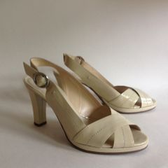 Jane Shilton A Beautiful Butter Cream Ivory Peep Toe Slingback Patent Leather Shoe UK Size 5 EU 38