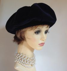 Connor Vintage 1960s Velvet Dark Blue French Style Segmented Beret Satin Lining