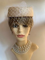Yessica Vintage 1980s cream & White Straw Pillbox Hat With Net Face Veil And Large Net Beaded Bow