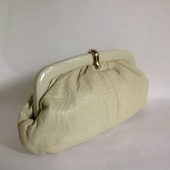 Vintage 1980s Ivory Embossed Leather Clutch Bag With Celluloid Frame Gold Clip