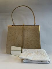Holmes of Norwich Vintage 1950s Beige Ostrich Print Leather Handbag With Fabric Lining Original Vanity Mirror & Protective Care Bag.