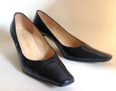 "Russell & Bromley Black Patent Leather 2.5"" Kitten Heel Court Shoe UK 4.5 EU 37.5"