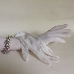 1950s Vintage White Nylon Stocking Gloves Size 6