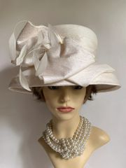 WHITELEY 100% Silk Ivory Hat Fully Lined With Large Bow And Fine Feather Detail