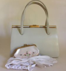 Vintage Handbag Ivory Faux Leather Rayon Fabric Lining Purse & Gloves