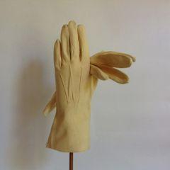 Morley Washable Leather Butter Cream 1950s Vintage 9.5 Inch Evening Wedding Gloves Washable With Original Plastic Morleys Bag Size 6