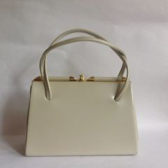 Pearl Ivory Faux Leather 1950s Vintage Handbag Buff Suede Lining Elbief Frame